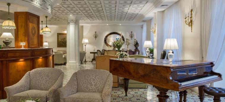 La Medusa Hotel & Boutique Spa: Hotelhalle SORRENT - NEAPEL