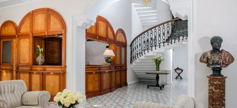 La Medusa Hotel & Boutique Spa: Innen SORRENT - NEAPEL