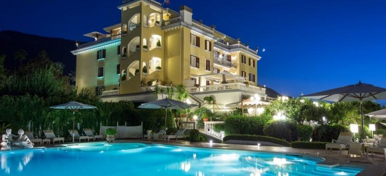 La Medusa Hotel & Boutique Spa: Schwimmbad SORRENT - NEAPEL