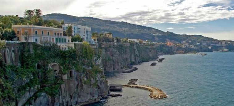 Hotel Parco Dei Principi: Extérieur SORRENTE - NAPOLI