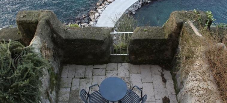Hotel Parco Dei Principi: Terraza SORRENTO - NAPOLI