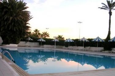Hotel Abou Nawas Nejma: Außenschwimmbad SOUSSE