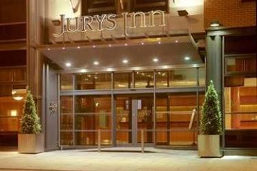 Hotel Jurys Inn Southampton: Eingang SOUTHAMPTON