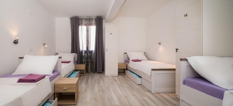 Hostel Sakic: Gastzimmer Blick SPLIT - DALMATIEN
