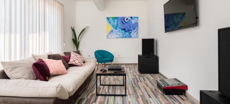 Hostel Sakic: Wohnzimmer SPLIT - DALMATIEN