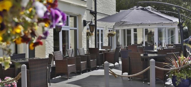 Hotel Best Western Tillington Hall: Terrace STAFFORD