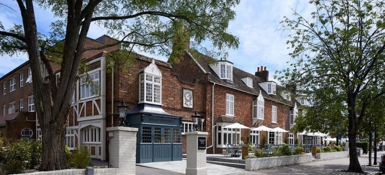 Cromwell Hotel Stevenage: Exterior STEVENAGE