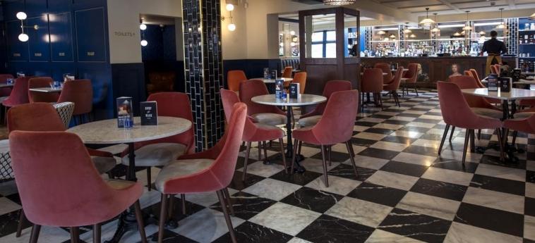 Cromwell Hotel Stevenage: Indoor Bar STEVENAGE
