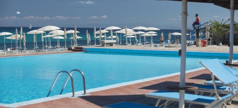 Club Hotel Ancora: Piscine chauffée STINTINO - SASSARI
