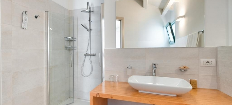 Park Hotel Asinara: Cuarto de Baño STINTINO - SASSARI