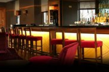 Hotel Doubletree By Hilton Dunblane Hydro: Bar STIRLING