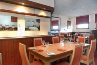 King Robert Hotel: Restaurant STIRLING