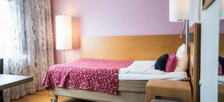 Hotel Scandic Jarva Krog: Schlafzimmer STOCKHOLM