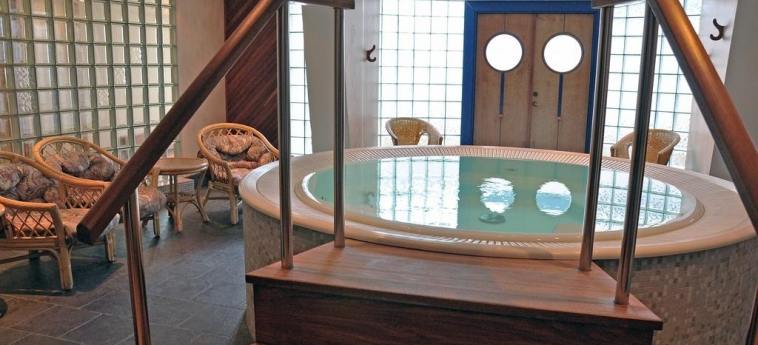 Hotel Scandic Jarva Krog: Whirlpool STOCKHOLM