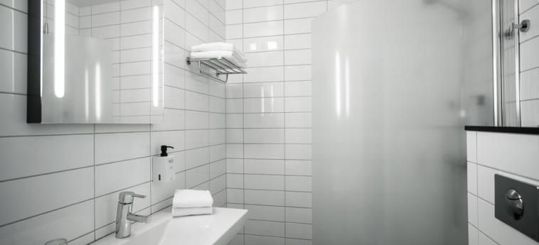 Hotel Scandic Jarva Krog: Bathroom STOCKHOLM