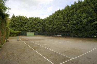 Hotel Charlecote Pheasant: Tennis Court STRATFORD - UPON - AVON