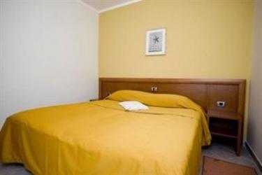 Hotel Vila Maia: Facade STRUNJAN