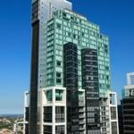 Hotel Meriton World Tower
