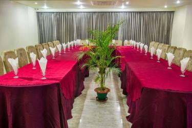 Hotel Noorjahan Grand: Hall SYLHET