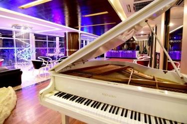 Hotel Noorjahan Grand: Interno dell'hotel SYLHET
