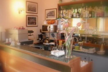 Hotel Posta: Bar SYRACUSE