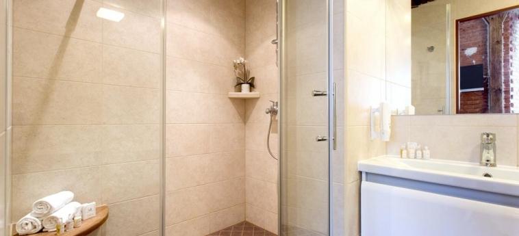 The Von Stackelberg Hotel Tallinn : Bathroom TALLINN