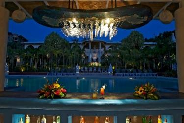 Tamarindo Diria Beach Hotel & Golf Resort: Bar TAMARINDO - GUANACASTE