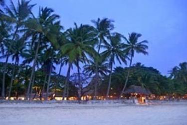 Tamarindo Diria Beach Hotel & Golf Resort: Exterior TAMARINDO - GUANACASTE