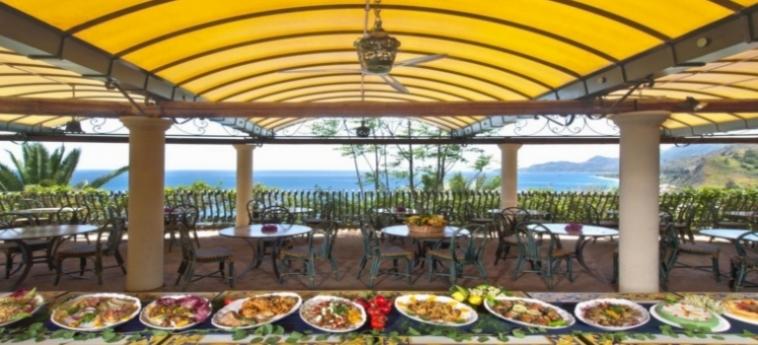 Baia Taormina - Hotel & Emotions: Buffet TAORMINA - MESSINA
