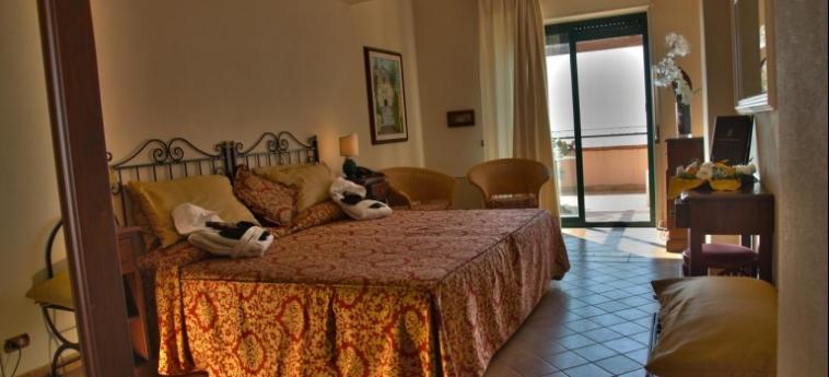 Baia Taormina - Hotel & Emotions: Chambre Double TAORMINA - MESSINA