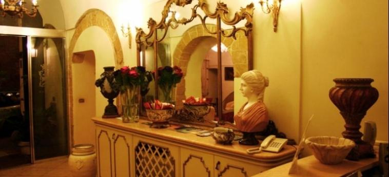 Akropolis – Museum Hotel: Income TARANTO