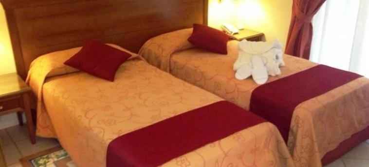 Akropolis – Museum Hotel: Twin Room TARANTO