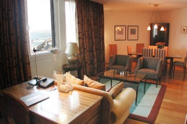 Hotel Carlton Tel Aviv On The Beach: Suite Room TEL AVIV