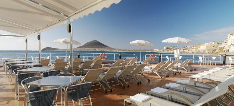 Hotel Medano: Terrace TENERIFE - CANARY ISLANDS