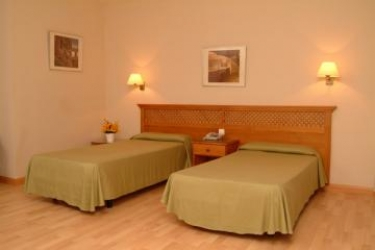 Hotel Pelinor: Bedroom TENERIFE - CANARY ISLANDS