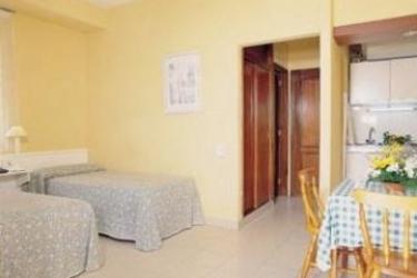 Hotel Rf Bambi Apartamentos: Bedroom TENERIFE - CANARY ISLANDS