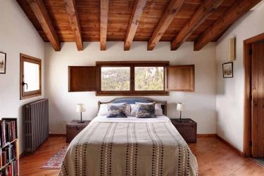 Hotel Rusticae Mas De La Serra: Chambre Triple TERUEL