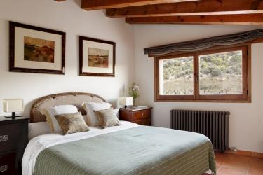 Hotel Rusticae Mas De La Serra: Dormitorio 4 Pax TERUEL