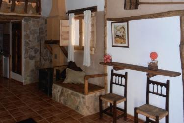 Hotel Mirador Del Maestrazgo: Garage TERUEL