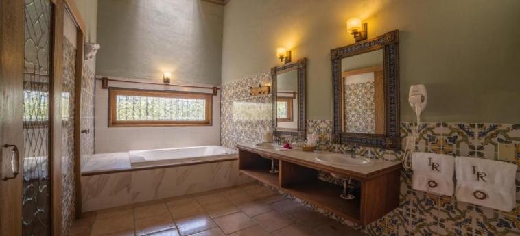 Hotel Hacienda Labor De Rivera: Bathroom TEUCHITLAN - JALISCO