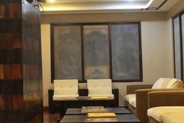 Hotel Gyelsa Boutique: Lobby sitting area THIMPHU