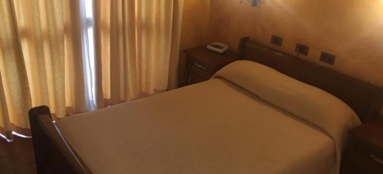 Hotel Broadway: Room - Double TIRANA