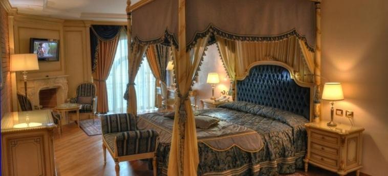 Hotel Xheko Imperial: Chambre Double TIRANA