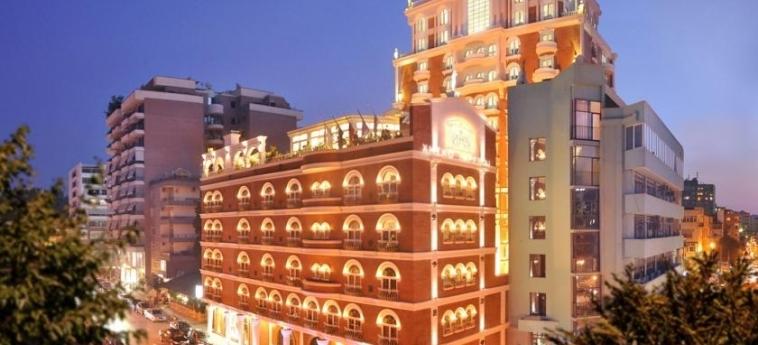 Hotel Xheko Imperial: Extérieur TIRANA