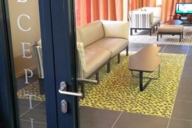 Privilege Appart-Hotel Saint Exupery: Recepción TOLOSA