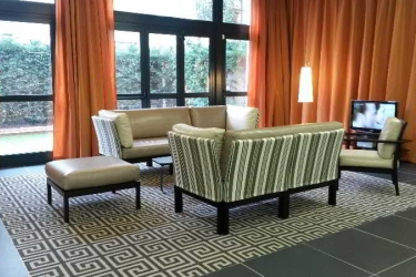 Privilege Appart-Hotel Saint Exupery: Lobby TOLOSA