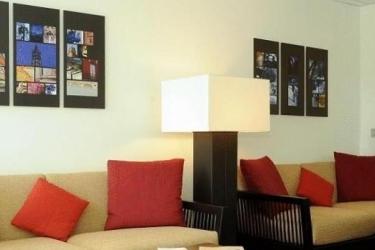 Zenitude Hotel & Residences Le Parc De L'escale: Hall TOLOSA