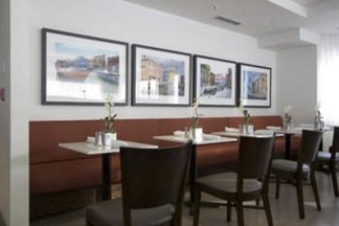 Hotel Four Points By Sheraton Mississauga Meadowvale: Restaurant TORONTO