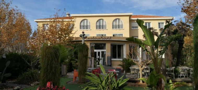 Hotel Adonis Sanary: Außen TOULON
