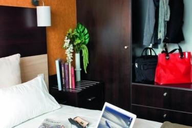 Zenitude Hotel & Residences Le Parc De L'escale: Bedroom TOULOUSE